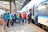 Není proto divu, že je ideální jezdit do Davosu vlakem. Z Prahy se vyráží v sobotu navečer, vlak dorazí před devátou a jde se rovnou na lyže.