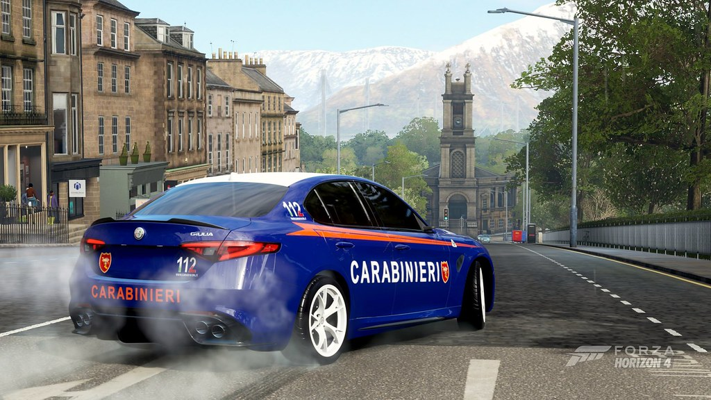 Forza Horizon 4 Alfa Romeo Giulia Carabinieri | Guillaume Vachey