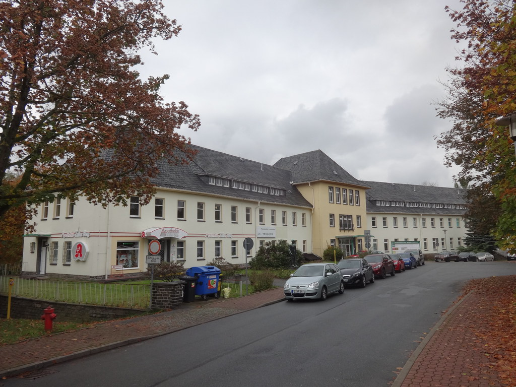 1950/52 Aue Wismut-Poliklinik Prof.-Richard-Beck-Straße 1 in 08280 Zelle