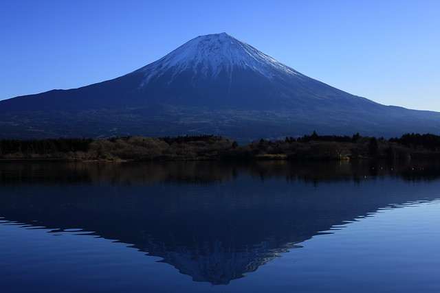 Lake Tanukiko and Mt.Fuji