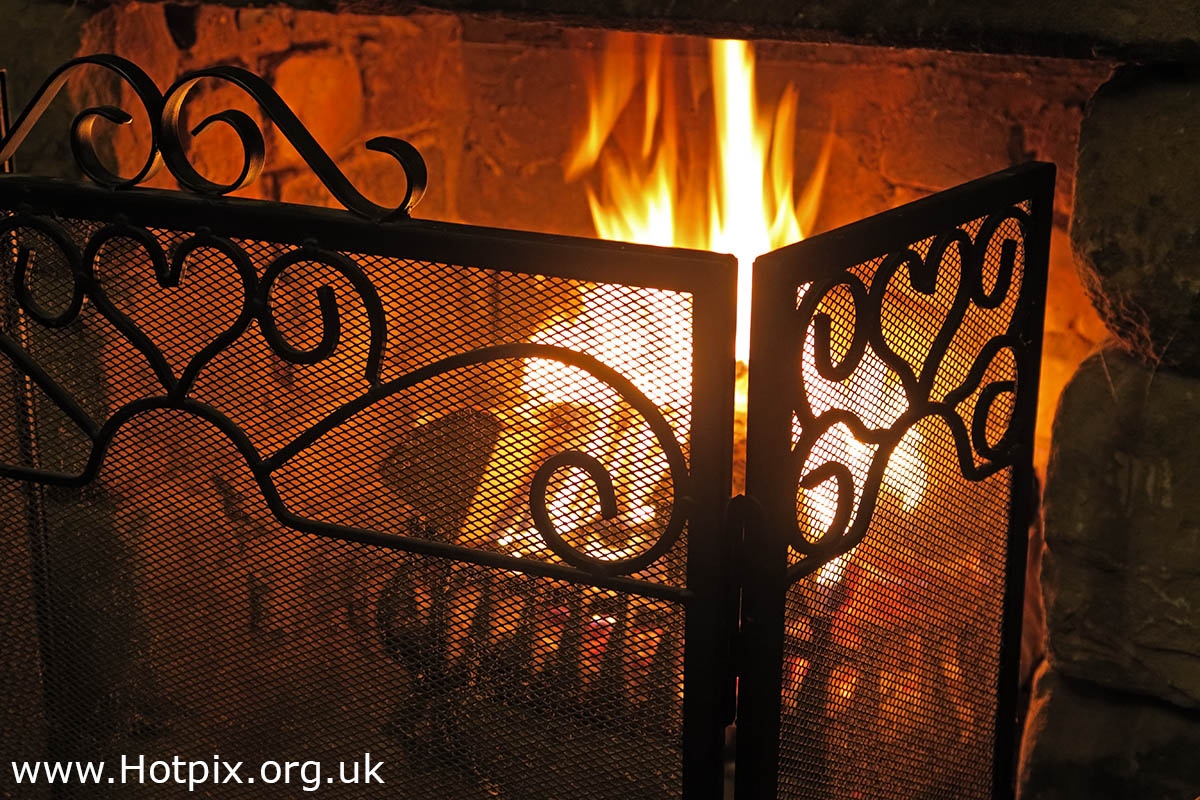 GoTonySmith,365,2365,one a day,Tony Smith,Hotpix,HousingITguy,Project365,2nd 365,HotpixUK365,Tone Smith,fire,fireplace,burn,burning,flame,flames,guard,Walton,Warrington,Cheshire,England,UK,grate,heat,warm,warmth