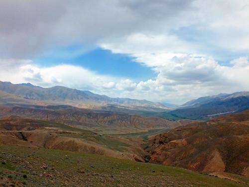 asia kyrgyzstan song kul lake alpine pasture mountain tian shan landscape dana iwahcow dragoman overland silk road trip august sky cloud