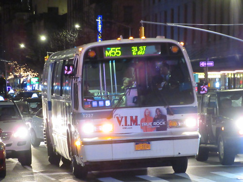 1999 Nova Bus RTS 5237 on the M55 at 6 Avenue & W 31 Street | by BM5 via Woodhaven (Main)