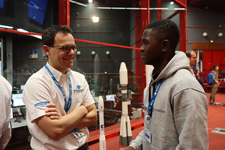 (From letf) Stéphane Israël (CEO of Arianespace) welcoming Amos Mumbere, DStv Eutelsat Star Awards winner at the Jupiter centre in Kourou, French Guiana | by Eutelsat_SA