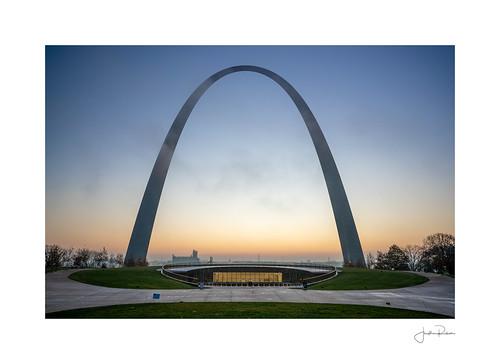 tumblr twitter 500px a7rii alpha arch fullframe missouri monument nationalpark raw sony stlouis sunrise unitedstates us