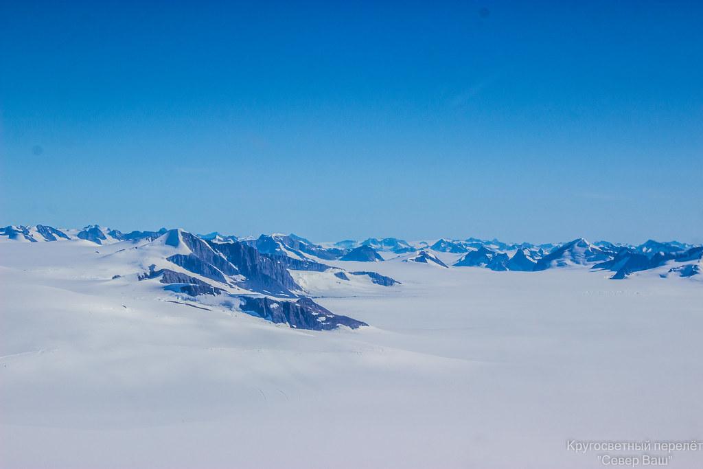 над ледником Гренландии