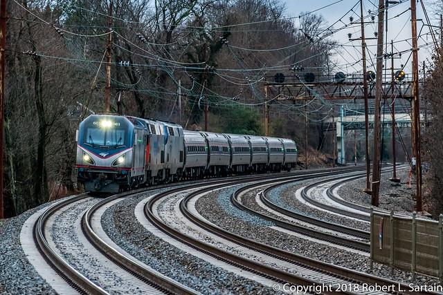 Amtrak 661, 156, 121 on 42, Wayne, 2018-12-21