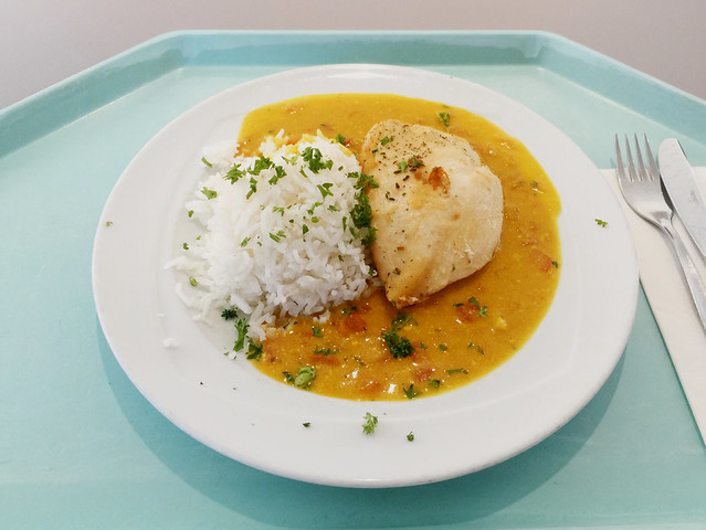 Chicken breast in tikka massala sauce & basamati rice / Hähnchenbrust in Tikka Masalasauce & Basmatireis