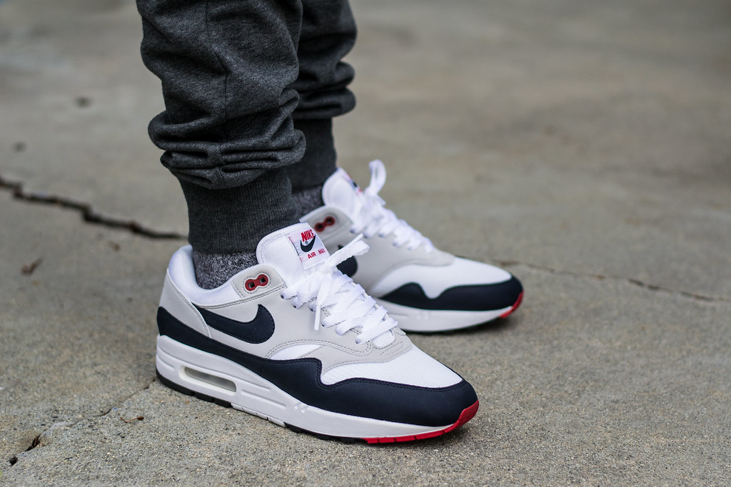 Nike Air Max 1 Anniversary Obsidian on feet | My review of t