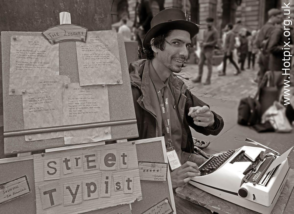 GoTonySmith,HotpixUK,Hotpix,Tony Smith,HousingITguy,365,Project365,2nd 365,HotpixUK365,Tone Smith,Edinburgh Festival,Typing,Typist