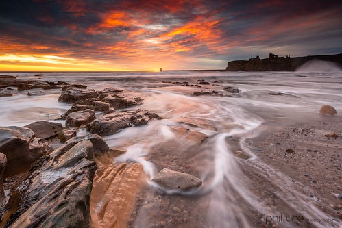 amateur beach canon clouds coast canondslr dawn exposure england flowing goldenhour glow leefilters landscape northeast northsea northeastengland pebbles rocks seascape sea sky sunrise tynemouthpier tynemouth water waterscape waves