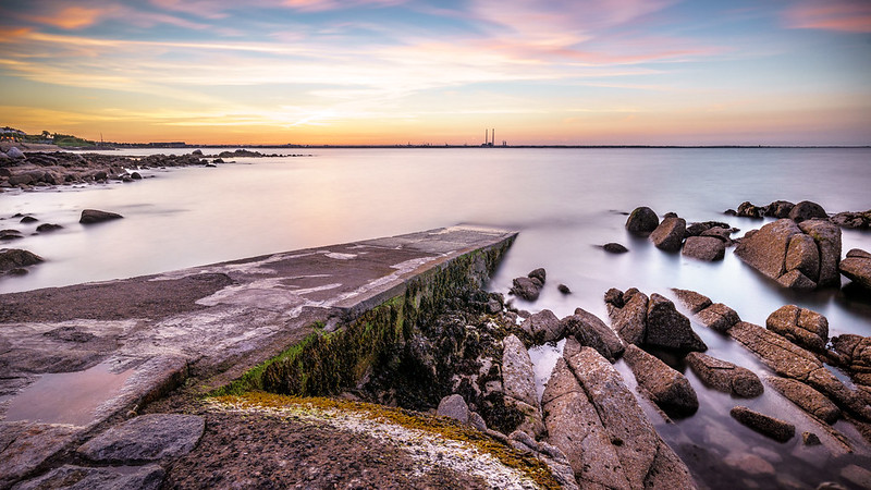 Sunset in Seapoint - Dublin, Ireland - Seascape photography