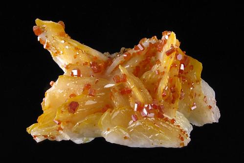 Vanadinite Crystals On Baryte | by Paul's Lab