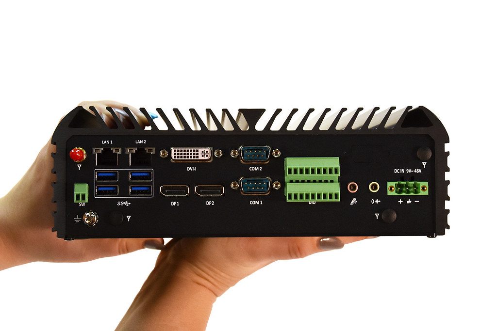 LPC-860 - Powerful Rugged Fanless Mini PC | Part of the new