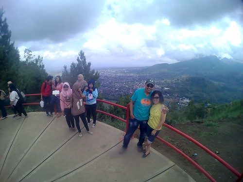 Berkunjung ke Rumah Pohon Batu Malang | by yoseph handoko