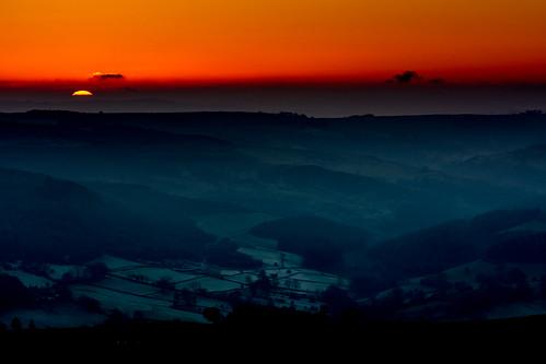 higgertor derbyshire sunset 2016 antepenultimatesunsetof2016 frost mist winter peakdistrict