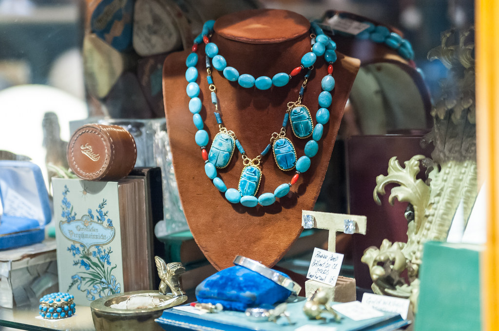 Adjectives Featured Finds in Winter Park by Midnight in Vintage