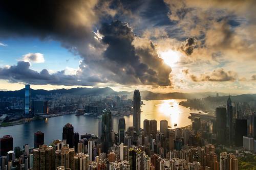 cloud sunrise hongkong cool warm dramatic peak blackcard