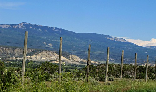 mountains rural fence colorado deerfence montrosecolorado cimarronmountains