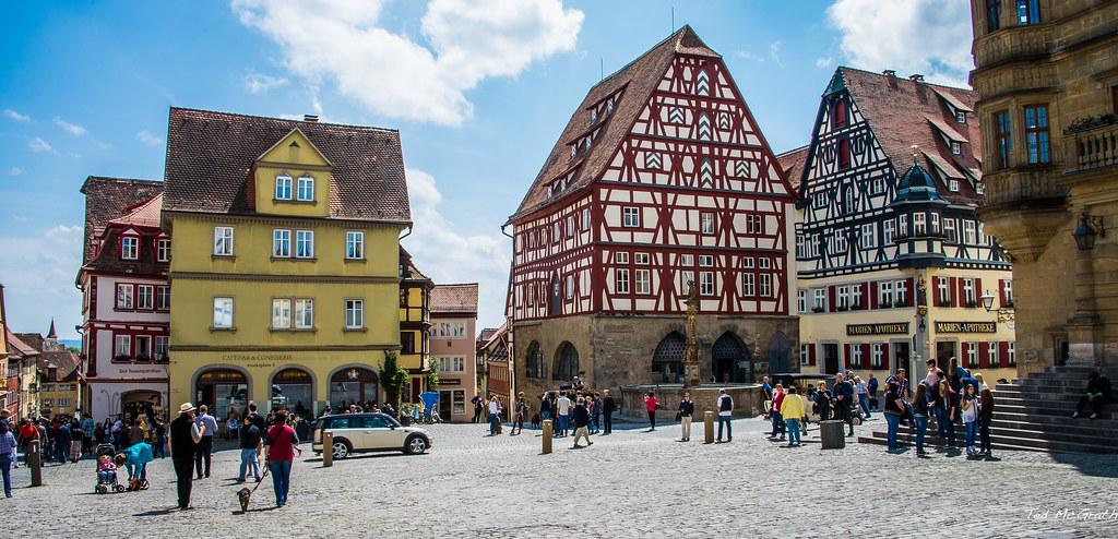2015 - Rothenburg ob der Tauber - Marktplatz - 1 of 2