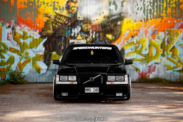 Volvo 745 V8
