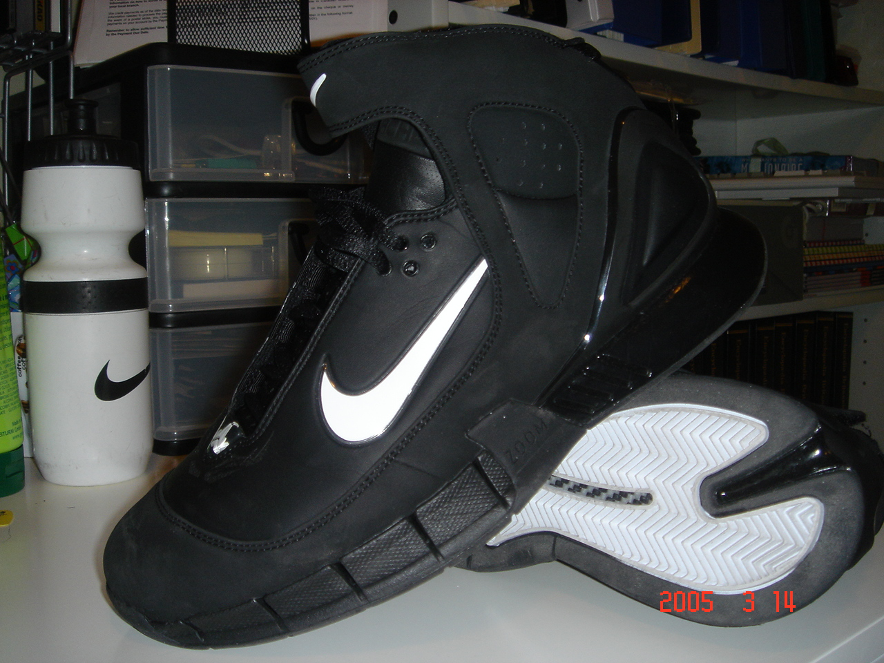 eeffb65e1a9 Footwear Science..  - Droppin  science like I drop dimes