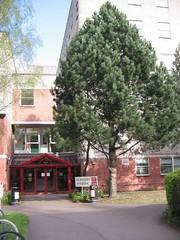 Adeilad y Dyniaethau, Prifysgol Caerdydd