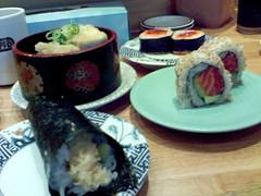 Kulu kulu - prawn and salmon hand roll