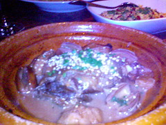 Tagine of duck with apples and dates