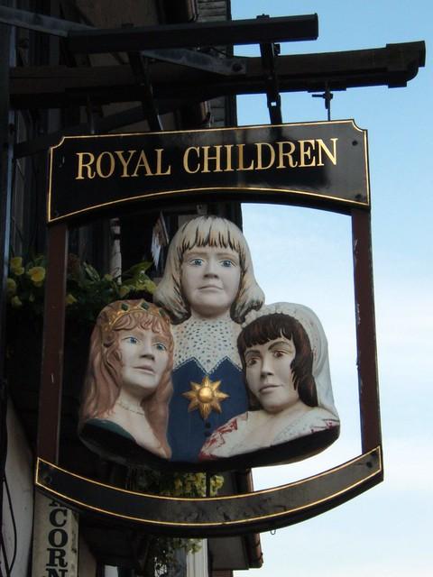 Royal Children @ Maid Marion Way, Nottingham