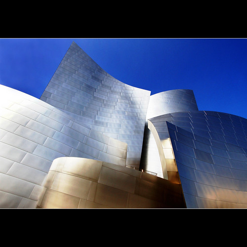 sunlight color building art metal architecture reflections stainlesssteel shadows quote contemporary wideangle 7d lecorbusier society frankgehry waltdisneyconcerthall 348 project365 artdigital 1crzqbn assembledinthelight netartii