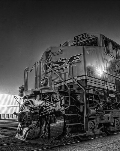 railroad sunrise depot metrolink hdr bnsf cajonpass 125thanniversary gees44dc chasingsteelcom sanbernardinohistoryrrmuseum train7350