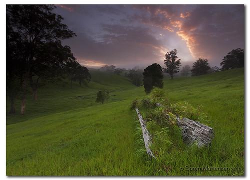 sunrise canon landscape australia nsw aussie aus manfrotto murwillumbah eos450d 450d sorenmartensen tweedarea hitechgradfilter 09ndreversegrad