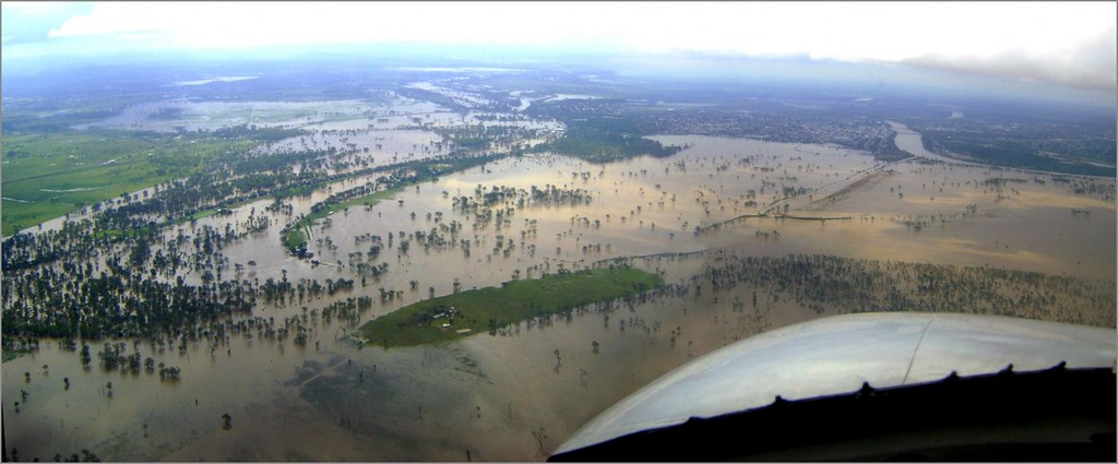 Rockhampton in flood (Dec. 2010)