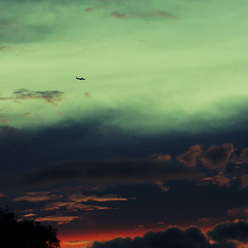 sunset sky clouds plane airplane dusk philippines manila tropicalsunset