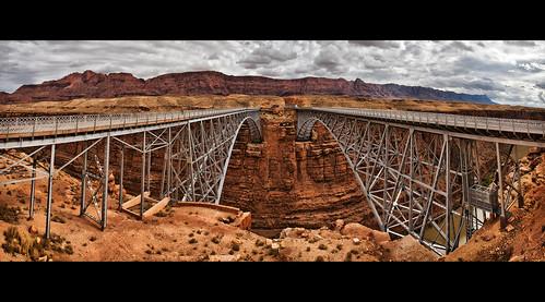 bridge arizona panorama rain highway desert pano bridges twin az double symmetry coloradoriver leesferry marblecanyon navajobridge twinspan steelarch top20bridges