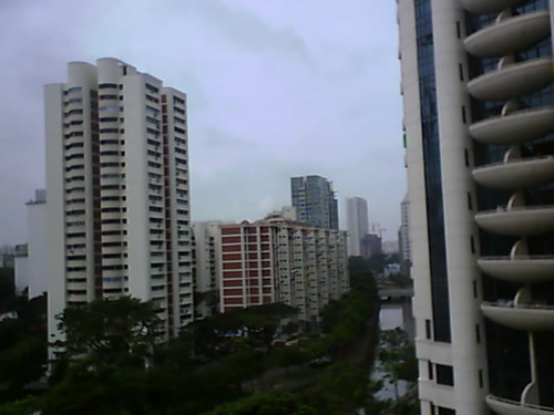 From Internet Camera(singaporeweather.ath.cx:8081)2011/01/02,11:03:09 | by ngotoh