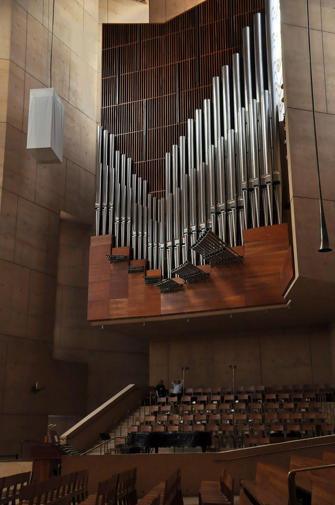 Cathedral of Our Lady of the Angels, Pipe Organ