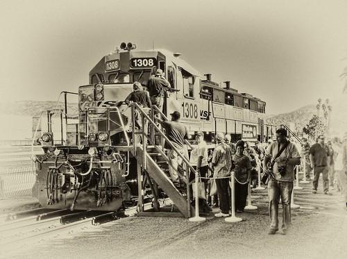 railroad train sunrise depot metrolink hdr bnsf cajonpass 125thanniversary chasingsteelcom sanbernardinohistoryrrmuseum