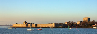 Portchester Castle   by Hexagoneye Photography