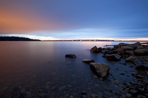 longexposure sunset canada colour beach water colors rock vancouver rocks colours sundown pacific dusk britishcolumbia pacificocean burrardinlet westvancouver timespace lostintime johnlawsonpark canoneos5dmarkii twilightcolor