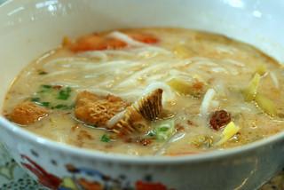 Fish Head Noodles   by TummyRumble