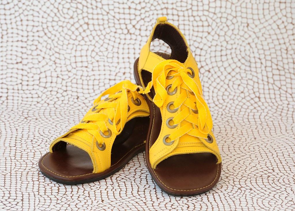 c87a5cc68 A-40 (amarelo) | sandália feminina em couro nas cores: - ver… | Flickr