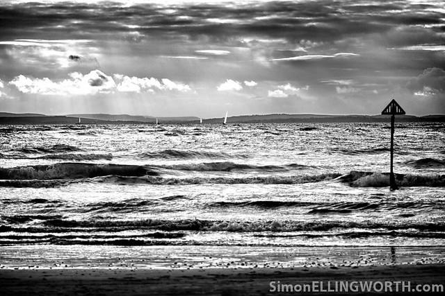 Stormy Sailing - Mono