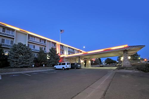travel sunrise photography hotel inn exterior twin falls idaho suites shilo morey milbradt