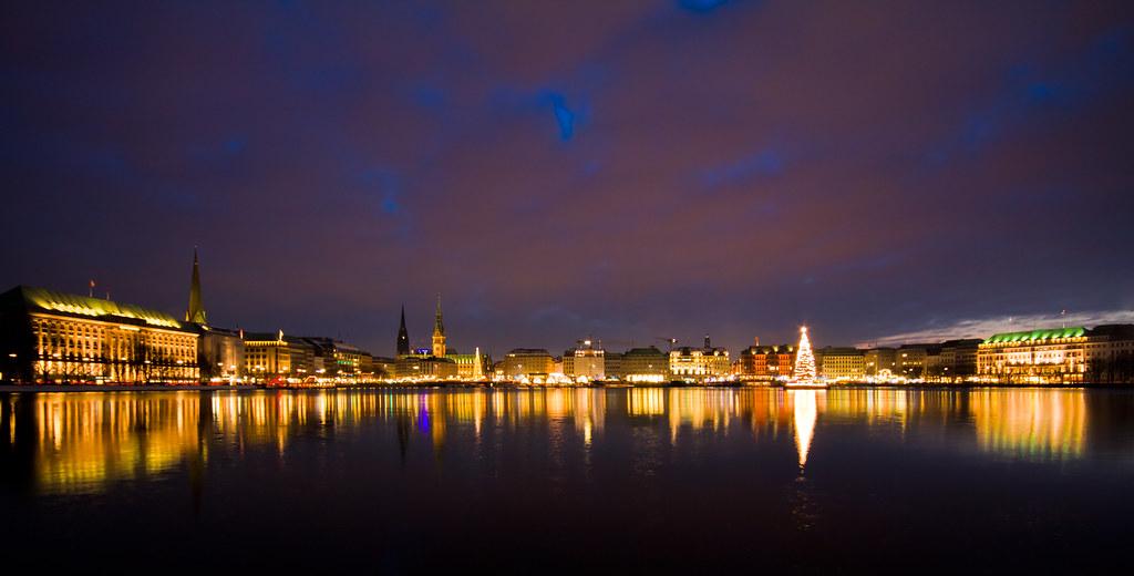Weihnachtsbeleuchtung Forum.101128 029 Hamburg Weihnachtsbeleuchtung An Der Alster C Flickr