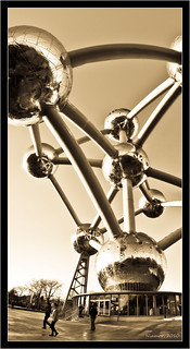 L'Atomium | by Niamor83