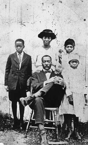 Family from Talledega, Alabama circa 1920s