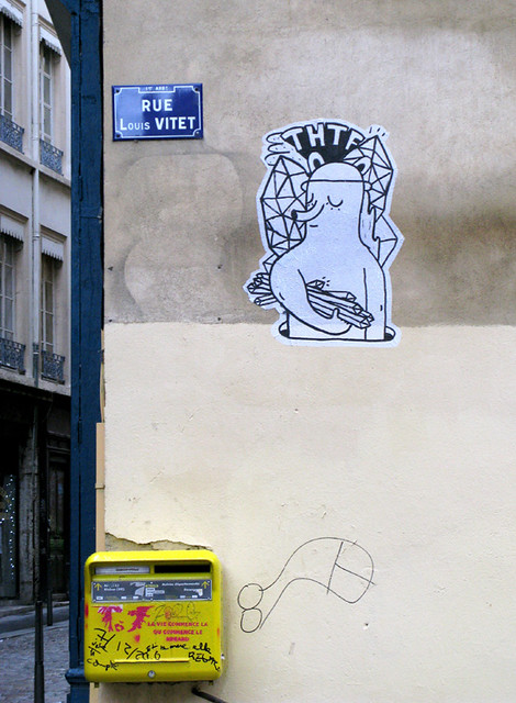Pasted paper by THTF [Lyon, France]