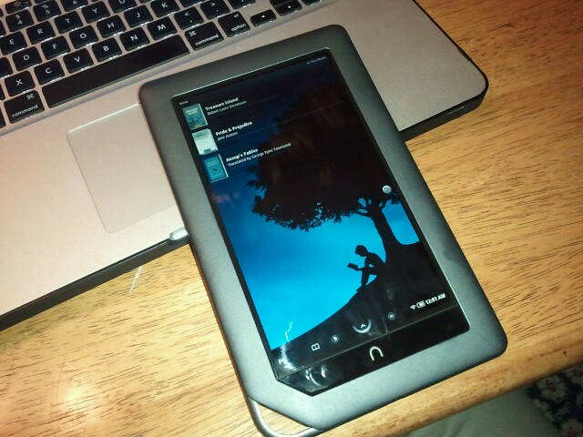 Rooted Nook Color starting up the Kindle app    | Posted by